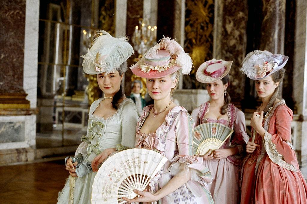 بهترین طراحی لباسهای سینما با برندهای معروف